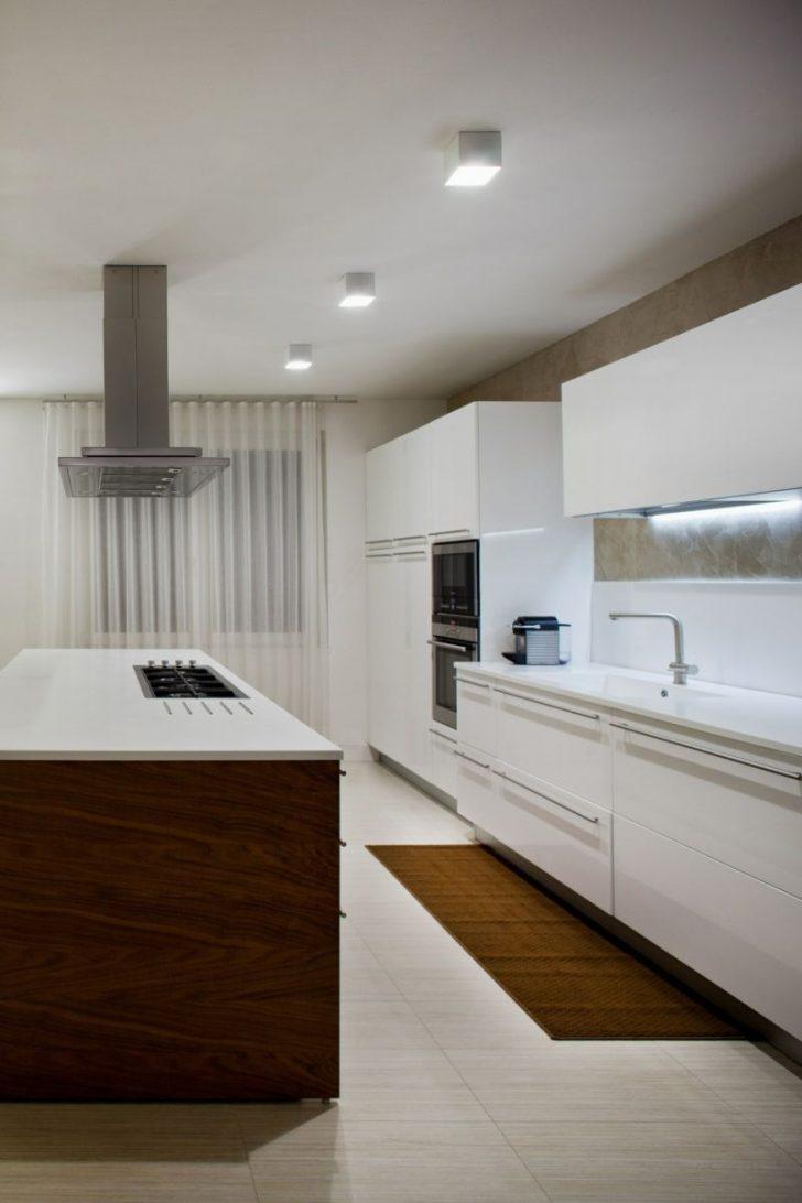 Medium Size of Deckenleuchte Für Küche Deckenleuchte Für Küche Tolle Modelle & Gestaltungsideen Einzigartig Küche Deckenleuchten Küche