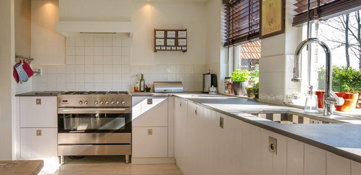 Medium Size of Landhaus Küche Aufbewahrungssystem Led Deckenleuchte Buche Salamander Bodenbeläge Einbauküche Ohne Kühlschrank Pantryküche Mit Winkel Inselküche Küche Gebrauchte Küche Kaufen