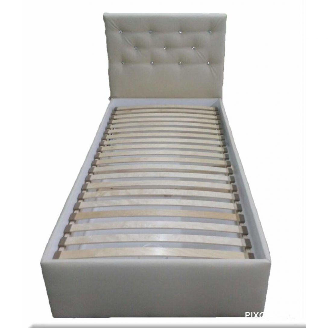 Large Size of Betten Mit Stauraum Treca Kopfteile Für Billige Köln Massivholz Matratze Und Lattenrost 140x200 Oschmann Ruf Antike Test Bett Betten 90x200