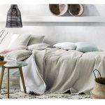 Tagesdecken Für Betten Bett Tagesdecke Bett Sofaberwurf Bommel 220cm 240cm B Real Sichtschutzfolien Für Fenster Fliesen Fürs Bad Betten 140x200 überlänge Coole Küche Jabo