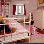 Metall Bett Bett Wei Lackiertes Metall Bett Mit Rosa Decke Im Kinderzimmer 1 40 220 X Ruf Betten Preise Weiß 90x200 Flexa Kopfteil Selber Machen Hamburg Wickelbrett Für