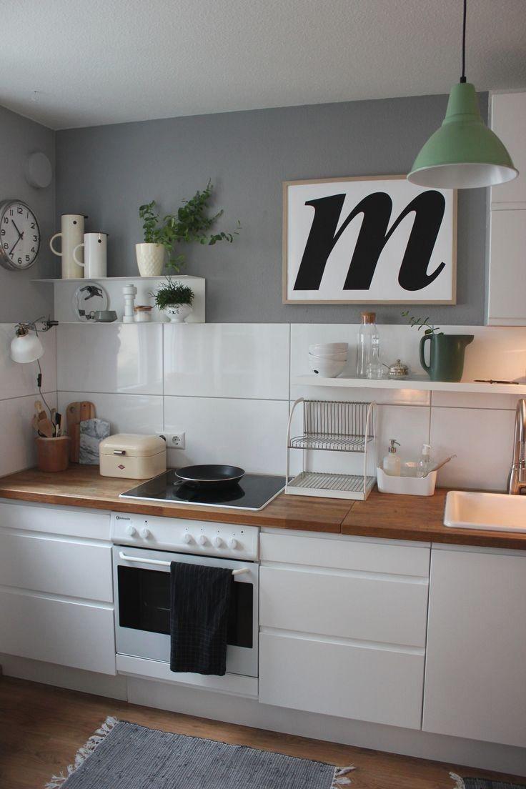 Full Size of Lüftung Küche Einbauküche Kaufen Laminat Für In Der Kleiner Tisch Tresen Mit Kochinsel Billig Led Panel Schmales Regal Armatur Küche Oberschrank Küche