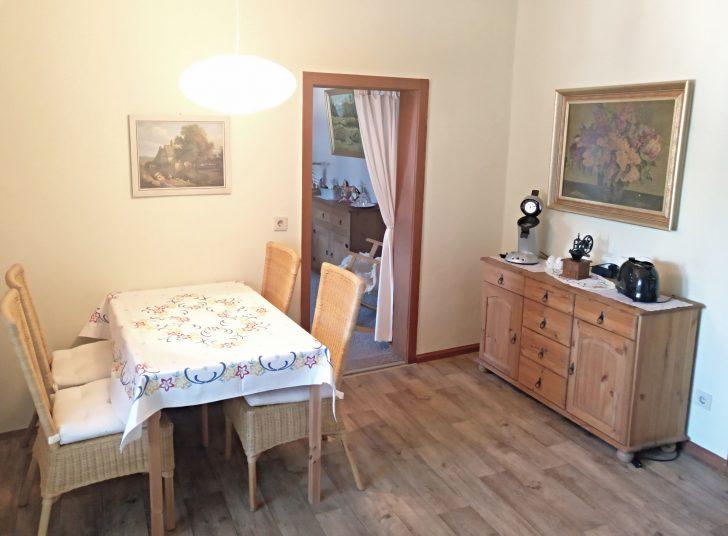Medium Size of Esstisch An Küche Esstisch In Küche Oder Wohnzimmer Esstisch Küche Landhausstil Essplatz Küche Einrichten Küche Essplatz Küche