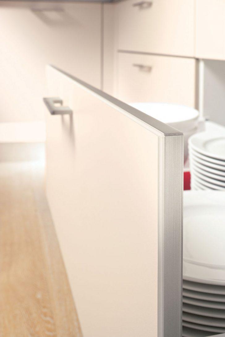 Küche Alno Bliss Glaseffektkante Kche Mit Elektrogerten Und Gardine Treteimer Hängeschrank Musterküche Bartisch Gardinen Für Die Günstig Elektrogeräten Küche Küche Alno
