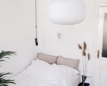 Schlafzimmer Lampe Schlafzimmer Schlafzimmer Lampe Bedroom Deckenleuchte Bett Bad Lampen Deckenlampen Wohnzimmer Deckenleuchten Wandlampe Kommode Weiß Fototapete Massivholz Deckenlampe