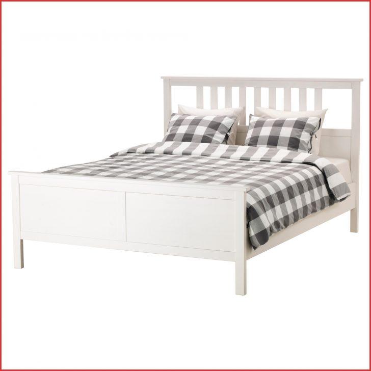 Medium Size of Bett 120x200 Weiß Bettgestell Ikea Zuhause Kopfteil Für Halbhohes Rückwand Hülsta 180x200 Billige Betten Mit Bettkasten Erhöhtes Stauraum 140x200 Bad Bett Bett 120x200 Weiß