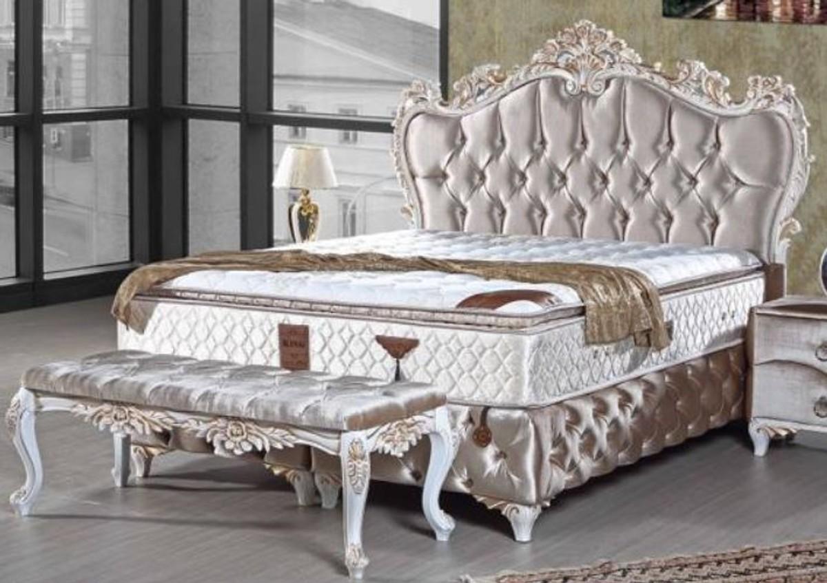 Full Size of 2m X Bett Barock Casa Padrino Doppelbett Silber Wei Gold Prunkvolles Hohe Betten Xxl Kopfteil Für Drutex Fenster 120x120 200x220 Rauch 180x200 200x180 Bett 2m X 2m Bett
