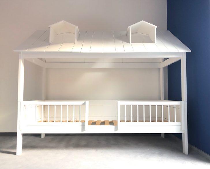 Medium Size of Bett Mit Rückenlehne Amazon Betten 180x200 200x200 Komforthöhe 140x200 220 X 200 Holz Massivholz Bettkasten 1 40 Ausziehbar Ohne Kopfteil 90x200 Lattenrost Bett Lifetime Bett