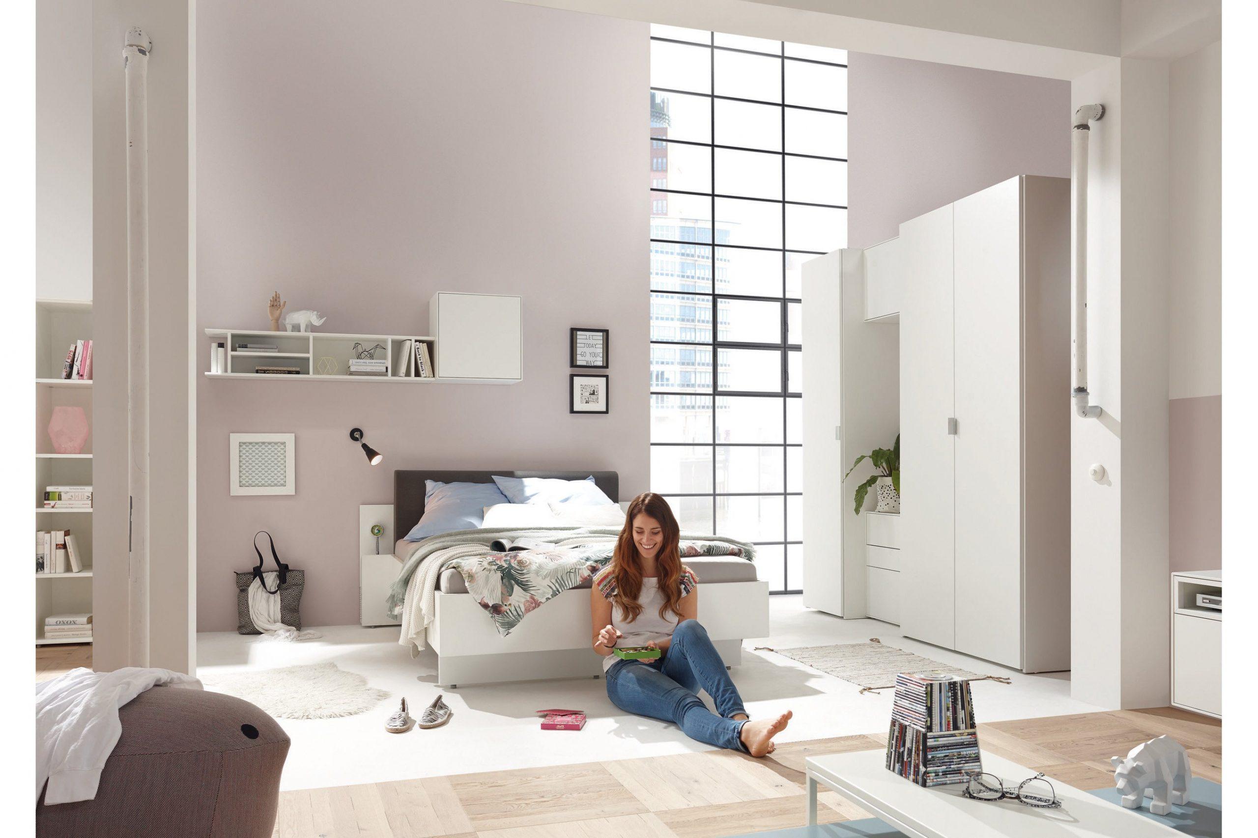 Full Size of Wandleuchte Schlafzimmer Deckenleuchte Schimmel Im Schranksysteme Rauch Kommoden Teppich Stuhl Für Tapeten Set Günstig Kronleuchter Wandtattoo Klimagerät Schlafzimmer Weißes Schlafzimmer