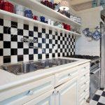 Chessboard Tiled Kitchen Interior Küche Fliesen Für Küche