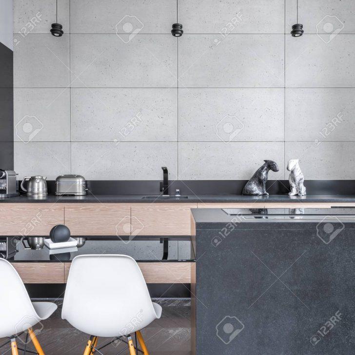 Medium Size of Modern Kitchen With Table Küche Fliesen Für Küche