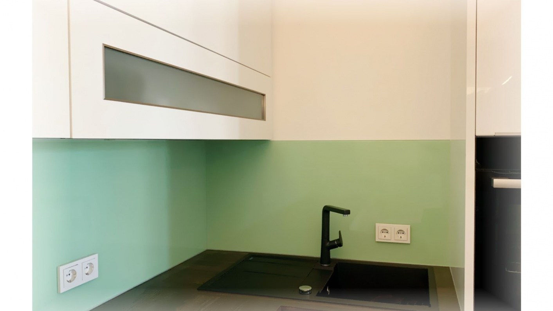 Full Size of Rollwagen Küche Aufbewahrungssystem Vorhänge Modulküche Ikea Hängeschrank Höhe Wasserhahn Holz Weiß Einhebelmischer Sprüche Für Die Rosa Betonoptik Küche Küche Hängeschrank Höhe