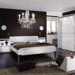Schlafzimmer Komplett Guenstig Komplette Design Gnstig Kaufen Bettende Sessel Mit überbau Rauch Set Teppich Günstig Matratze Und Lattenrost Günstige Schlafzimmer Schlafzimmer Komplett Guenstig