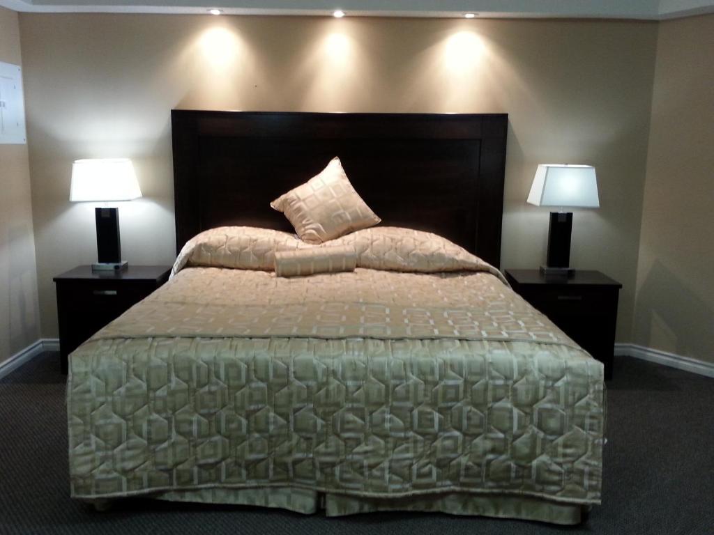 Full Size of Kingsize Bett Sunrise Motel Offizielle Webseite Motels In Regina 90x200 Tojo V 180x200 Mit Lattenrost Und Matratze Weiß 120x200 Barock Betten Bettkasten Bett Kingsize Bett