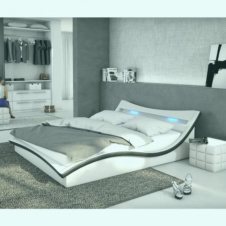 Medium Size of Schlafzimmer Komplett Günstig 140x200 4teilig Deko Deckenleuchten Wandleuchte Betten Kaufen 180x200 Bett Massivholz Esstisch Mit 4 Stühlen überbau Gardinen Schlafzimmer Schlafzimmer Komplett Günstig