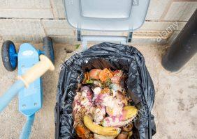 Abfallbehälter Küche