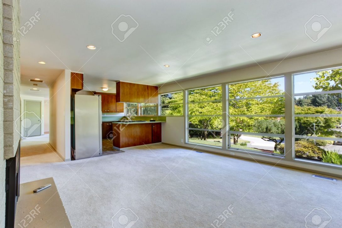 Large Size of Empty House Interior With Open Floor Plan. Living Room With Kitc Küche Glaswand Küche