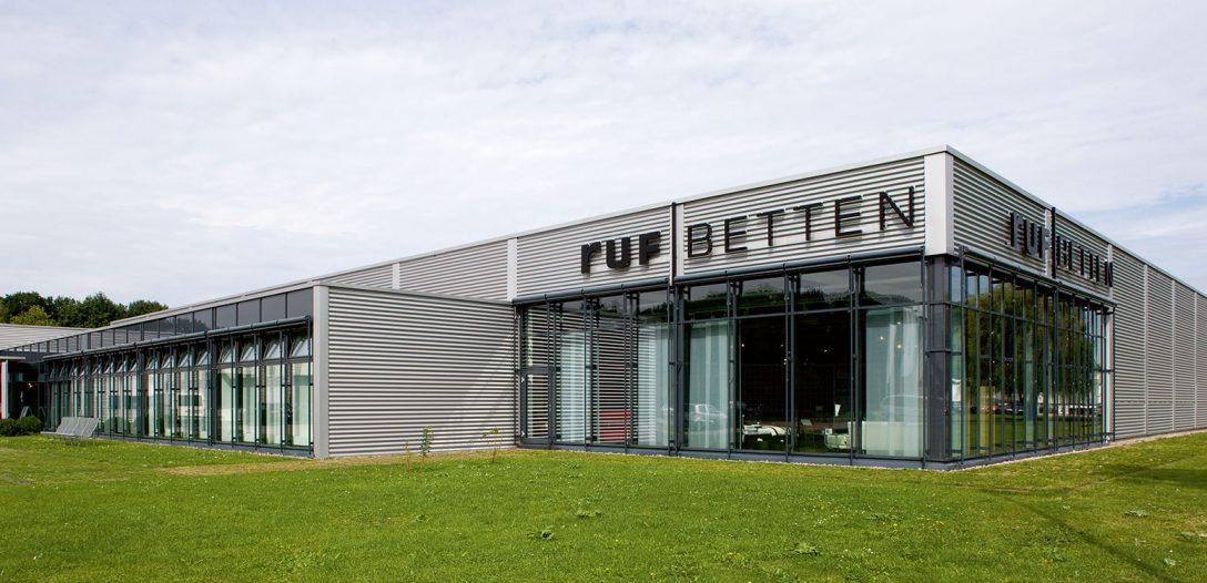 Large Size of Ruf Betten Fabrikverkauf Rastatt Werksverkauf Ausstellungsforum Frankfurt Weiße Mit Schubladen Billige Kaufen Bei Ikea 90x200 De Flexa Landhausstil Joop Bett Ruf Betten Fabrikverkauf