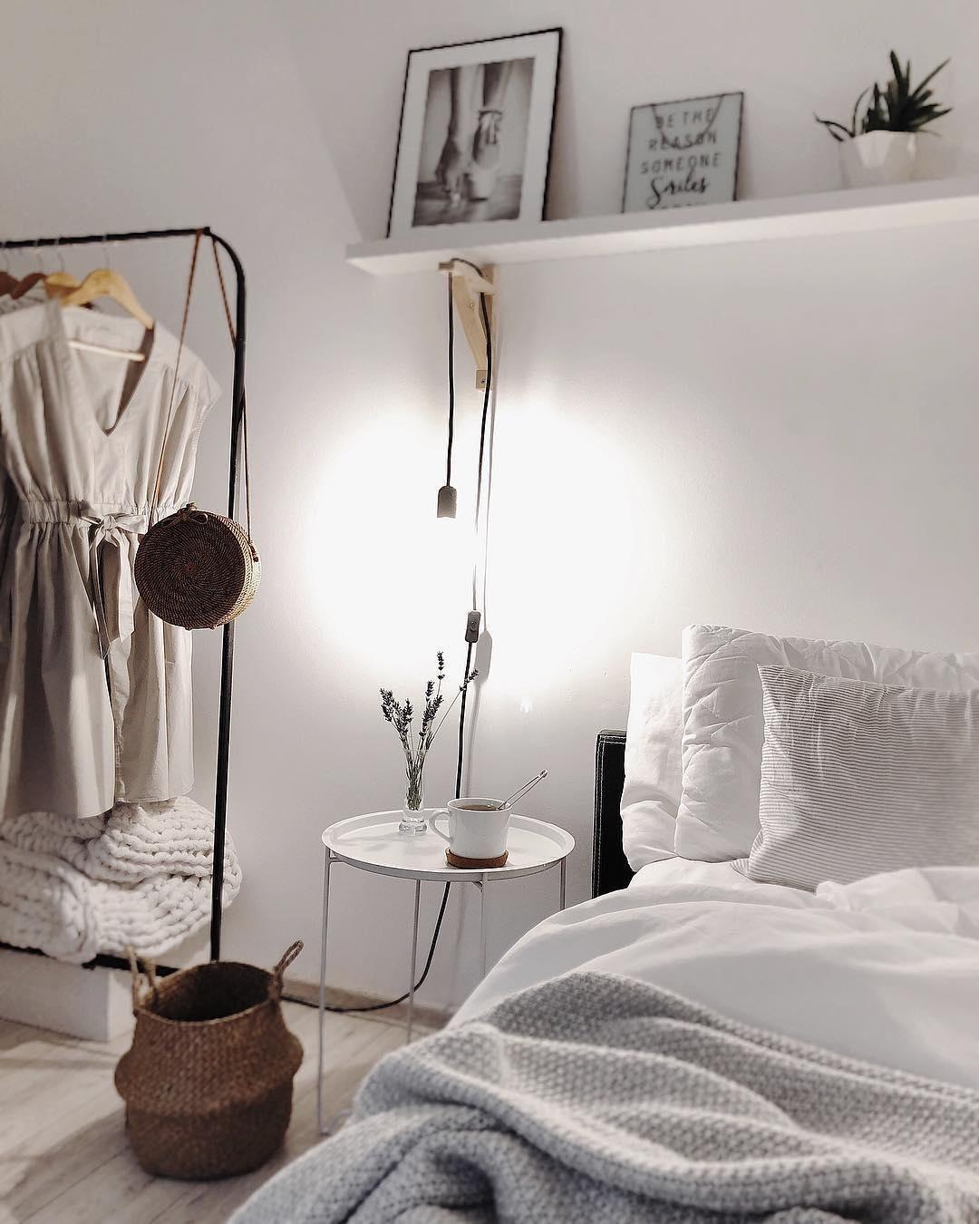 Full Size of Deko Schlafzimmer White Dreams In Diesem Wunderschnen Stimmt Jedes Wohnzimmer Dekoration Regal Wandtattoos Komplettangebote Schrank Weißes Schimmel Im Schlafzimmer Deko Schlafzimmer