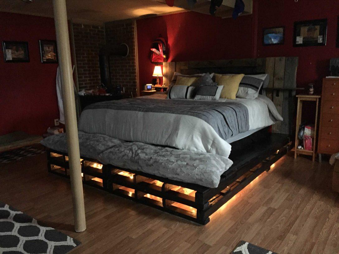 Large Size of Bett Aus Paletten Kaufen Europaletten Gebraucht 140x200 Mit Lattenrost Rahmen Esstisch Massivholz Ausziehbar Coole Betten Zum Ausziehen Regale 220 X Weiße Bett Bett Aus Paletten Kaufen