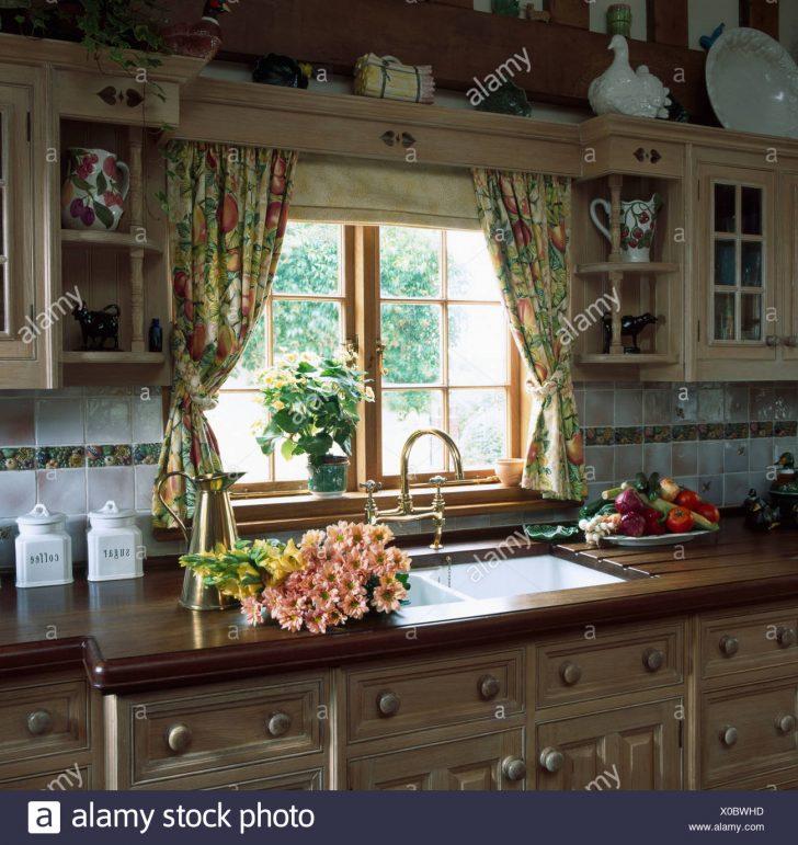 Medium Size of Bodenbelag Küche Keramik Waschbecken Mischbatterie Weiße Single Bilder Fürs Wohnzimmer Tapeten Für Die Massivholzküche Nobilia Körbe Badezimmer Ohne Küche Gardinen Für Die Küche