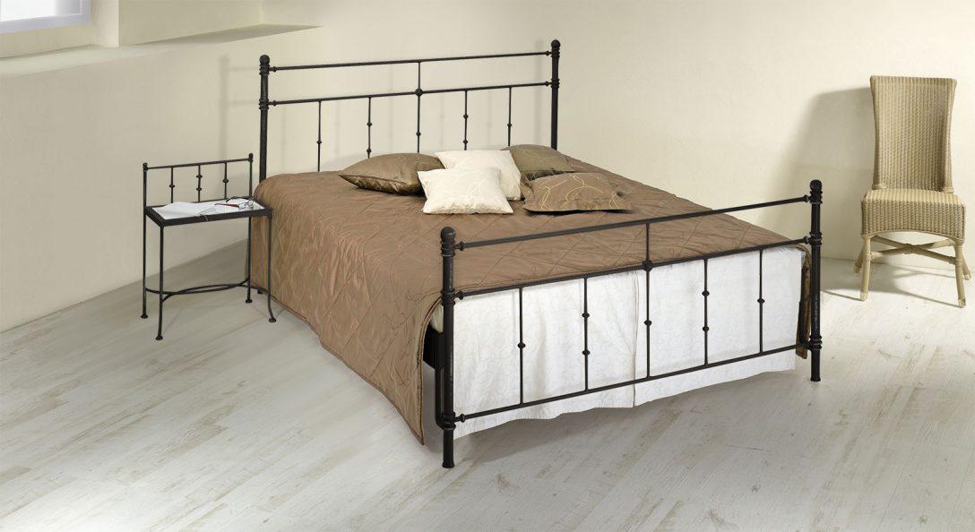 Large Size of Doppelbett Aus Metall 180x200 In Komforthhe Astara Bett Breit Rattan Boxspring Landhausstil Landhaus 200x200 Komforthöhe Günstige Betten Weißes 140x200 Bett Bett 180x200