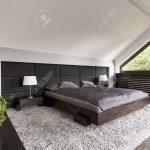 Teppich Schlafzimmer Schlafzimmer Teppich Schlafzimmer Helle Und Gerumige Mit Einem Groen Japanischen Bett Sitzbank Komplette Kronleuchter Gardinen Für Regal Komplettangebote Landhaus