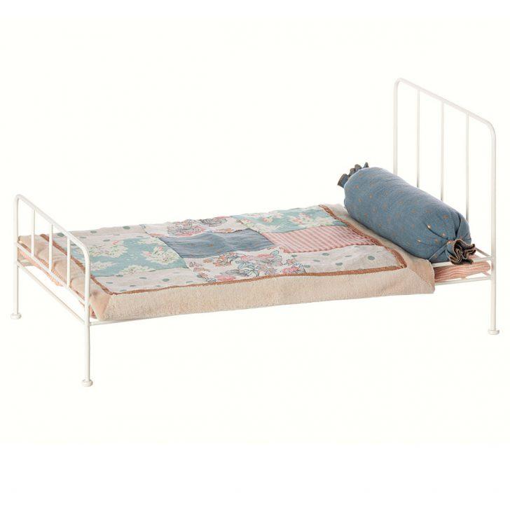 Medium Size of Metall Bett Maileg Puppenhausmbel Mittelgro Weiss 11 3203 01 Ohne Füße Niedrig Betten Berlin Regale Mit Bettkasten 160x200 Himmel Halbhohes Günstiges Bett Metall Bett