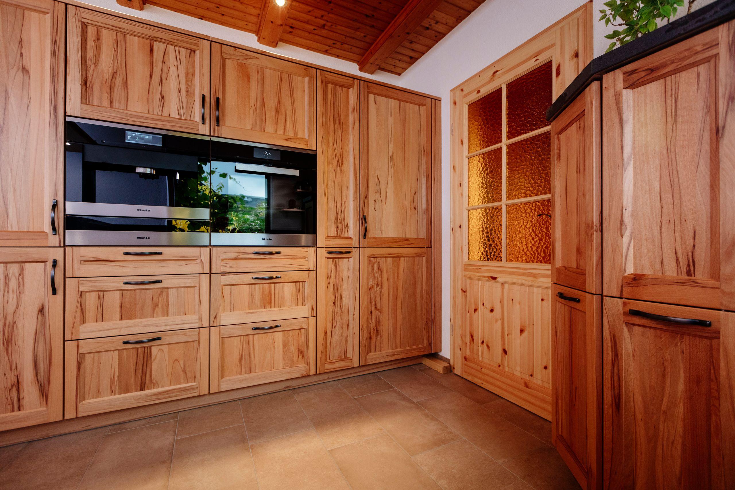 Full Size of Holzküche Mit Granitarbeitsplatte Holzküche Reinigen Holzküche Kaufen Holzküche Fichte Küche Holzküche