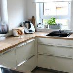 Weiße Küche Küche Küche Mit Tresen Insel Weißes Bett Tapete Modern Theke Laminat Edelstahlküche Arbeitsplatte Doppel Mülleimer Billig Industrie Fliesen Für Keramik