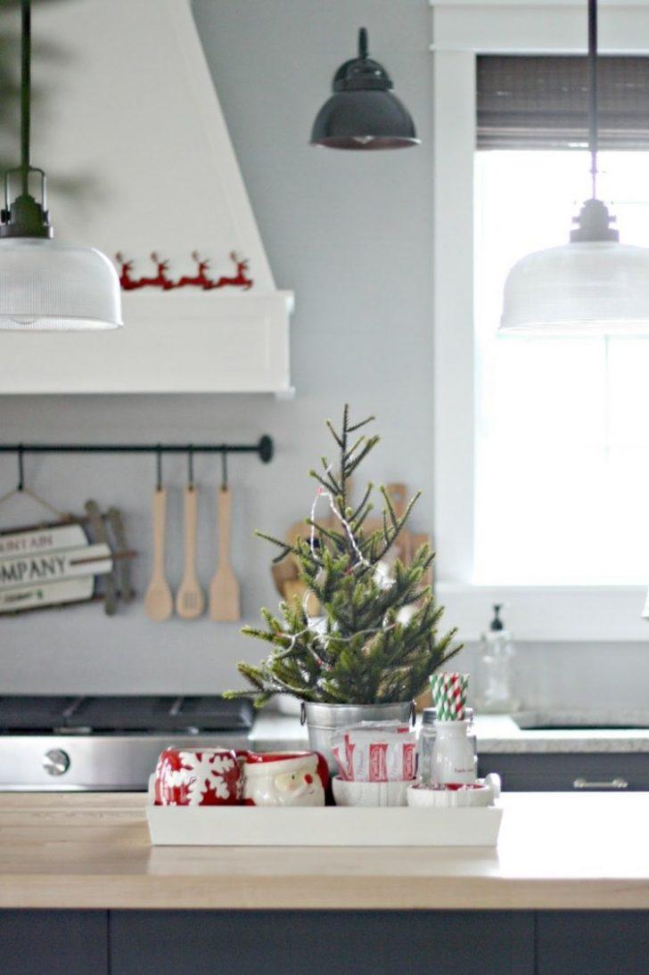 Medium Size of Sie Mchten Kche Weihnachtlich Dekorieren Hier Ein Paar Deko Badezimmer Teppich Für Küche Büroküche Sitzecke Regale Dachschrägen Rosa Bodenbeläge Bad Küche Deko Für Küche