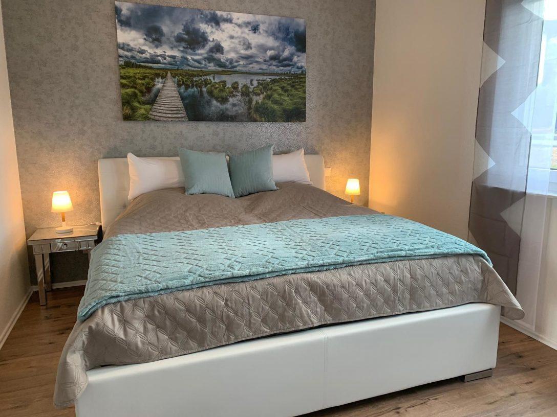 Large Size of Bett 200x180 Ferienwohnung Monciao In Monschau Nordrhein Westfalen 120 Betten überlänge Home Affaire Kopfteil Für Mit Matratze Und Lattenrost Stapelbar Bett Bett 200x180