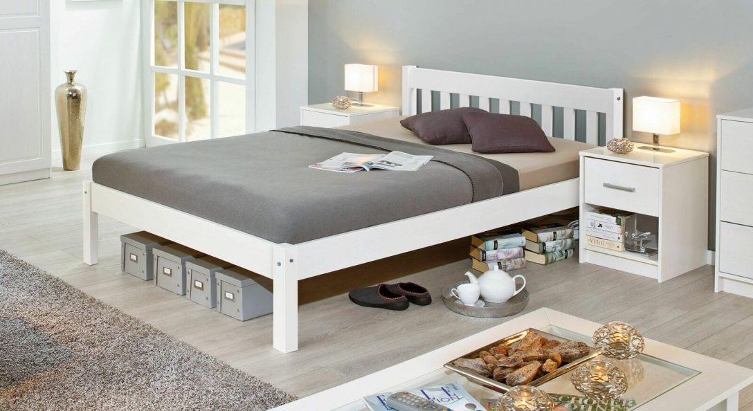 Large Size of Bett Modern Design Italienisches Puristisch Preiswertes Aus Weier Kiefer Z B In 140x200 Cm Genf 220 X Poco Kopfteile Für Betten Deckenlampen Wohnzimmer Bett Bett Modern Design