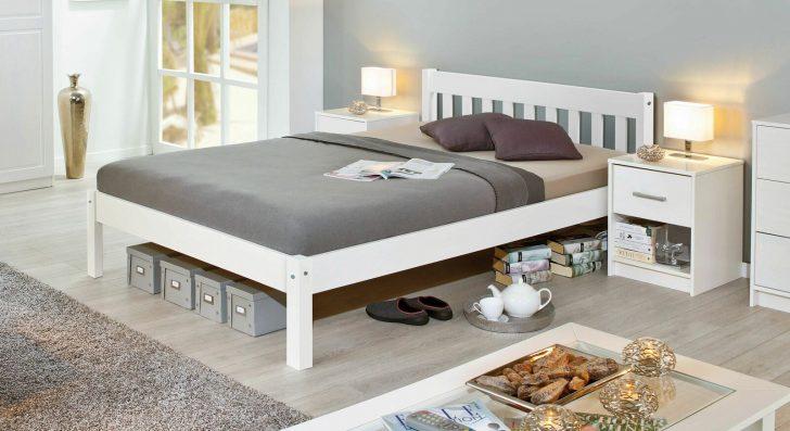 Medium Size of Bett Modern Design Italienisches Puristisch Preiswertes Aus Weier Kiefer Z B In 140x200 Cm Genf 220 X Poco Kopfteile Für Betten Deckenlampen Wohnzimmer Bett Bett Modern Design