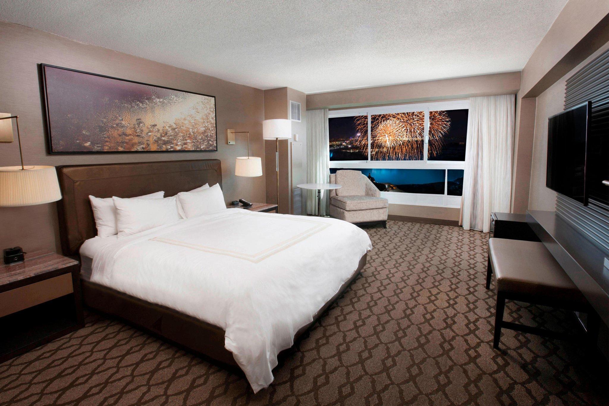 Full Size of Kingsize Bett Niagara Falls Marriott Fallsview Hotel Spa Poco Paradies Betten 90x200 Stauraum Outlet Mit Matratze Und Lattenrost 140x200 Somnus Barock Modern Bett Kingsize Bett