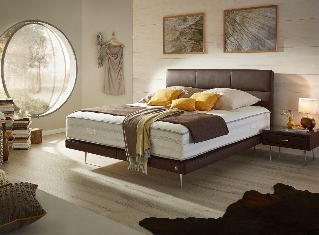 Large Size of Bett Italienisches Design Modern Puristisch Komplett Vintage 200x200 Breckle Betten Amerikanische Liegehöhe 60 Cm Stauraum 160x200 Bette Duschwanne Wohnwert Bett Bett Modern Design
