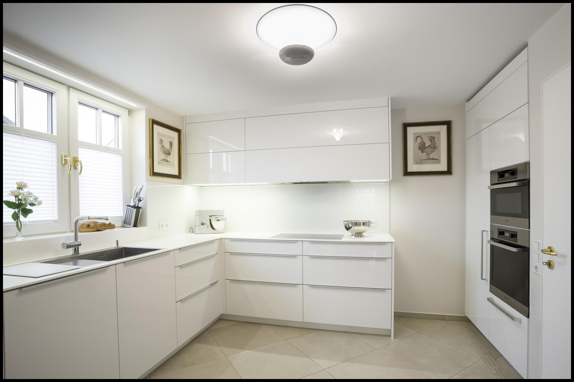 Full Size of Küche Aufbewahrung 220973 Küche Aufbewahrung Einzigartig Wohndesign Ziemlich Besenschrank Küche Küche Aufbewahrung