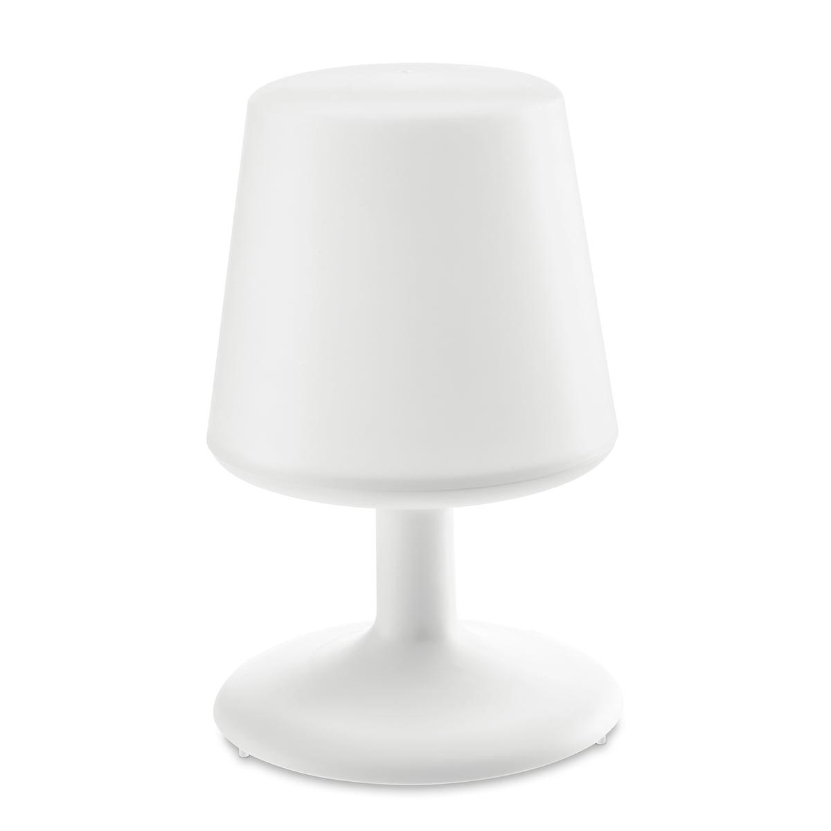 Full Size of Tischlampe Wohnzimmer Tisch Nachttischlampen Tiwohnzimmer Tijade Gardinen Für Lampe Fototapete Schrankwand Deckenlampe Vorhänge Deckenstrahler Relaxliege Wohnzimmer Tischlampe Wohnzimmer