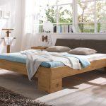 Rustikales Bett Selber Bauen Rustikale Holzbetten Betten Kaufen Aus Holz Rustikal Gunstig 140x200 Massivholzbetten Mit Schrgem Polsterkopfteil Dano Bettende Bett Rustikales Bett