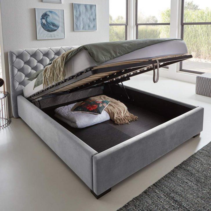 Medium Size of King Size Bett 180x200 Mit Bettkasten Japanisches 2x2m Lattenrost Gebrauchte Betten Sofa Recamiere 2 Sitzer Schlaffunktion Big 140x200 Matratze Und Bett Bett Mit Stauraum 160x200