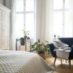 Gardinen Schlafzimmer Ideen Bilder Landhaus Modern Grau Romantisch Kurz Blickdicht Landhausstil Ikea Komplett Poco Deckenlampe Stehlampe Luxus Kommode Weiß Schlafzimmer Gardinen Schlafzimmer