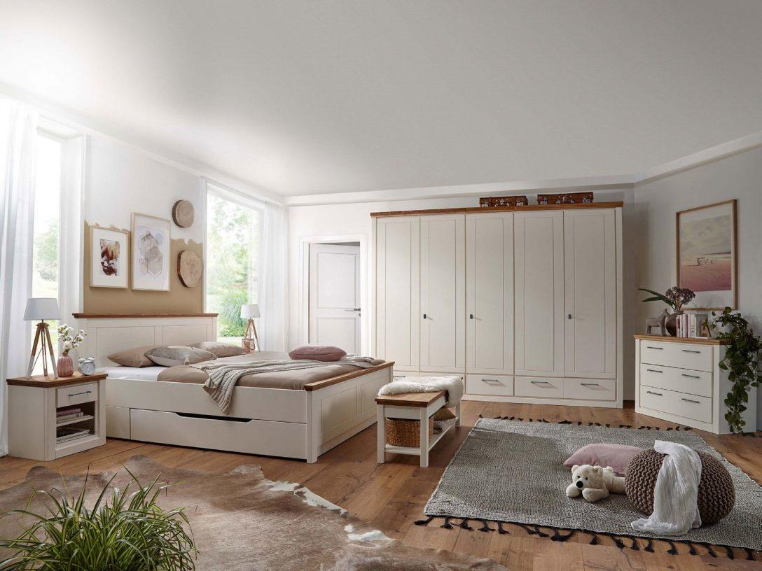 Large Size of Günstige Schlafzimmer Gardinen Mit überbau Landhaus Sessel Regal Landhausstil Weiß Deckenlampe Wiemann Fototapete Betten Sitzbank Wandleuchte Komplett Schlafzimmer Günstige Schlafzimmer