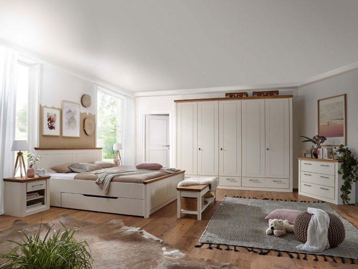 Medium Size of Günstige Schlafzimmer Gardinen Mit überbau Landhaus Sessel Regal Landhausstil Weiß Deckenlampe Wiemann Fototapete Betten Sitzbank Wandleuchte Komplett Schlafzimmer Günstige Schlafzimmer
