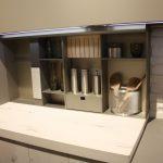 Küche Erweitern Sie Kche Mit Verschiedenen Styling Optionen Deko Ausstellungsstück Kreidetafel Alno Ausstellungsküche Pendelleuchten Betonoptik U Form Theke Küche Küche Erweitern