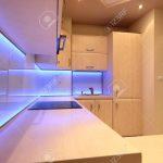 Luxus Kche Mit Lila Led Beleuchtung Lizenzfreie Fotos Teppich Küche Elektrogeräten Günstig Günstige E Geräten Einzelschränke Gardinen Bad Musterküche Küche Led Beleuchtung Küche