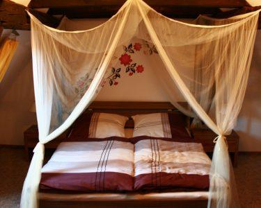 Romantische Schlafzimmer Schlafzimmer Romantische Schlafzimmer Romantik Wandtattoo Deckenleuchten Tapeten Lampe Kommode Kommoden Wandtattoos Deckenlampe Deko Schranksysteme Landhaus Komplett Mit