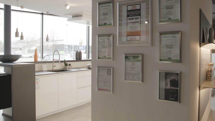 Medium Size of Küche Blende Halter Küche Blende Unten Befestigen Küche Blende Clip Sockelblende Küche Demontieren Küche Küche Blende