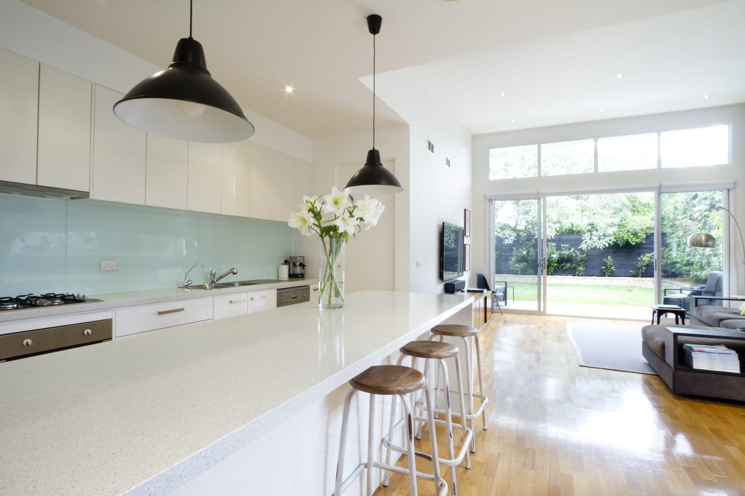 Full Size of Contemporary Kitchen Living Room Küche Küche Mintgrün