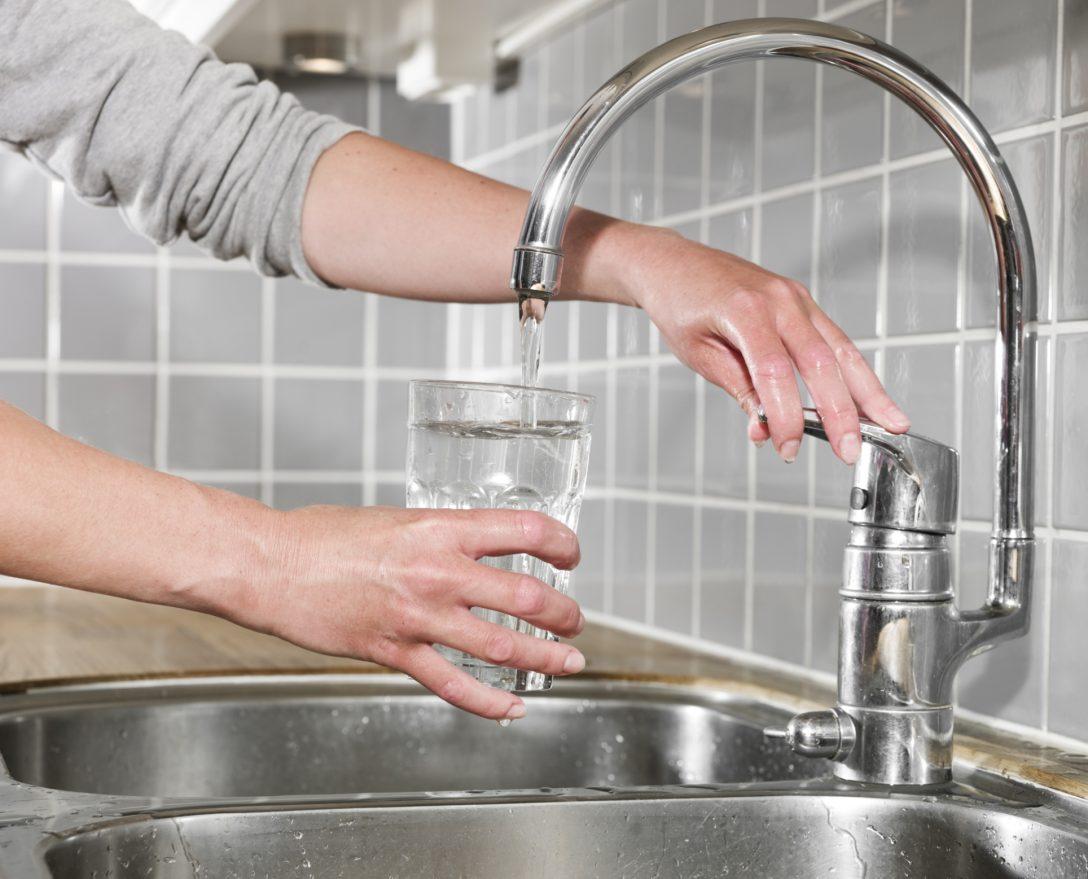 Large Size of Küche Wasserhahn Schwarz Küche Wasserhahn Mit Brause Blanco Küche Wasserhahn Anschließen Küche Wasserhahn Hornbach Küche Küche Wasserhahn
