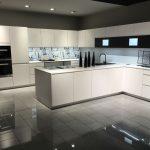 Küchenrückwand Dunkel Küchenrückwand Eiche Küche Nischenrückwand Wie Hoch Rückwand Küche Montage Küche Nischenrückwand Küche